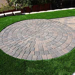 Concrete Pavers Circle Pattern